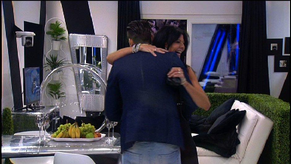 """Loin de Vivian, Nathalie et Aymeric découvrent leur """"nid d'amour"""""""