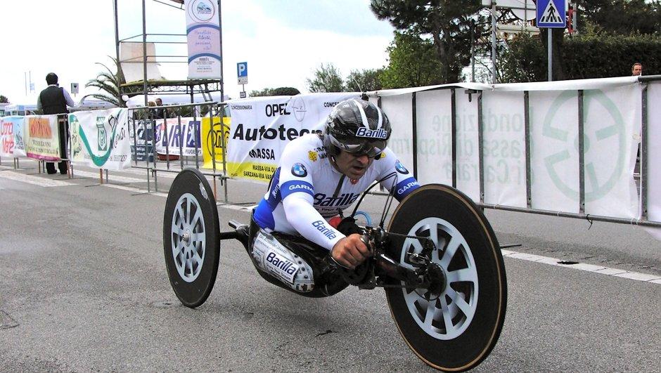 L'ancien pilote de F1 Alex Zanardi de nouveau sacré champion paralympique