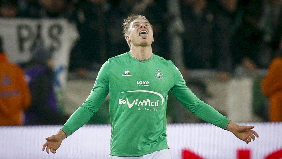 OL-ASSE : Les verts remportent le 100e derby en L1 grâce à Søderlund
