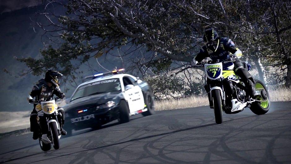 Vidéo : 2 motos de drift défient la police !