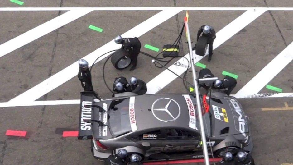 Vidéo - DTM : l'incroyable accident des stands à Zandvoort