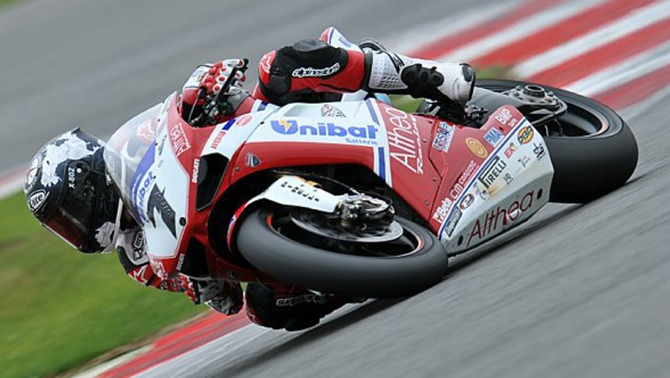 Superbike : Carlos Checa champion du monde 2011 !