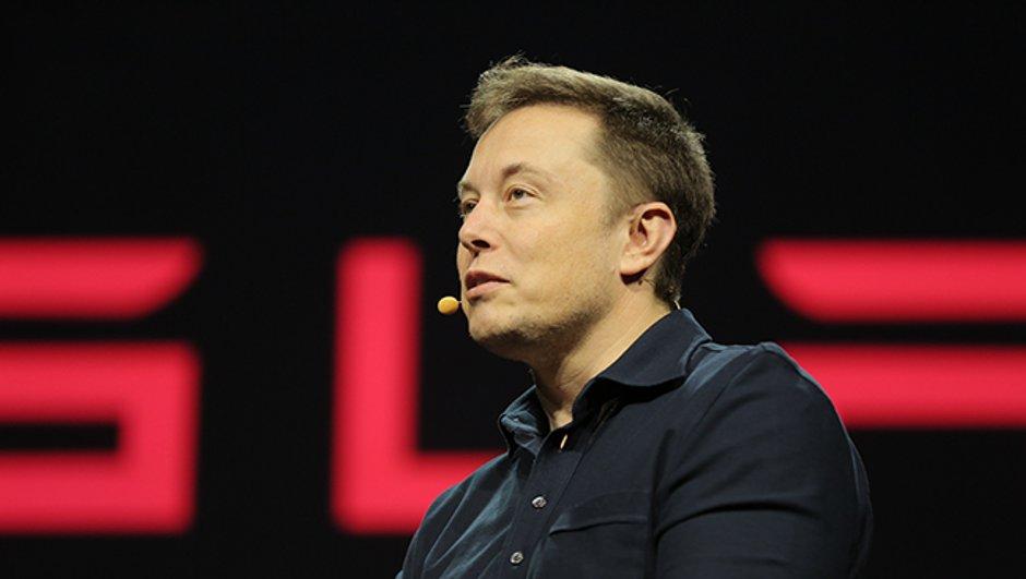 """Elon Musk : """"Les voitures actuelles sont trop dangereuses"""""""
