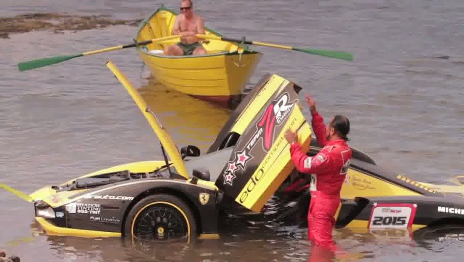 Insolite : une Ferrari Enzo se crashe dans l'océan