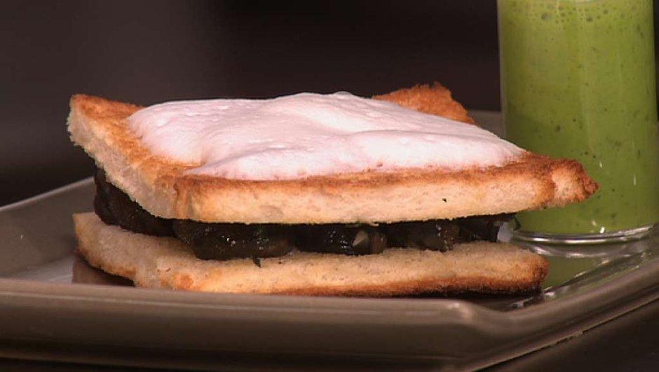 Toast d'escargot à la crème d'ail et persil