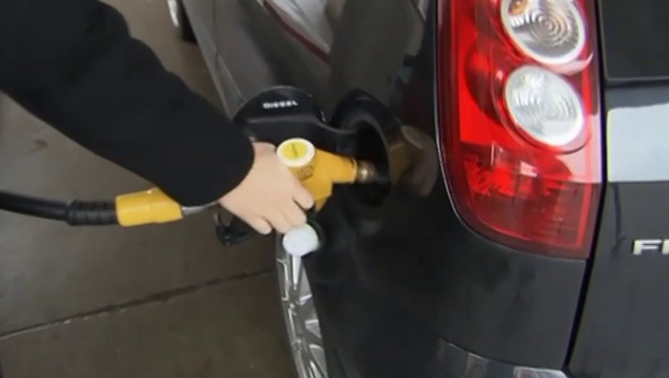 Prix de l'essence : nouveau record à la pompe