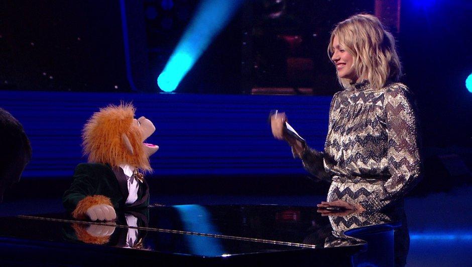 Quand Louane chante en duo avec Jean-Marc, la marionnette de Jeff Panacloc