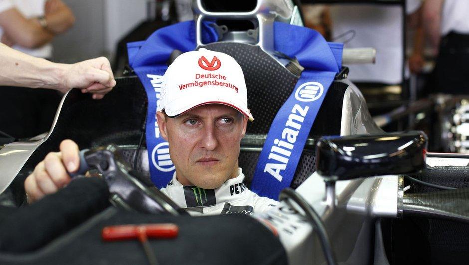 Formule 1 : Schumacher remplacé par Hamilton !