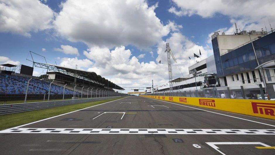F1 : 3 voitures par équipe en 2015 ?