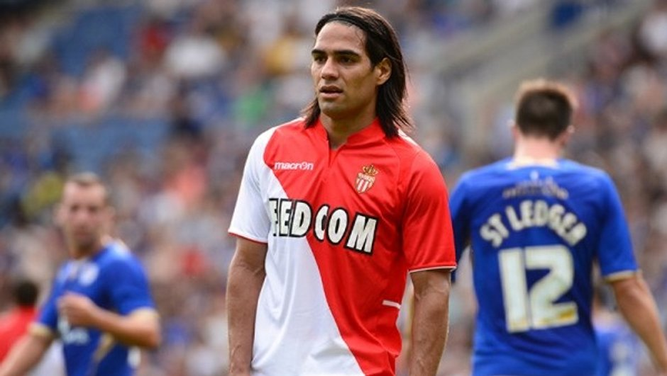 as-monaco-falcao-a-deja-frappe-9472898