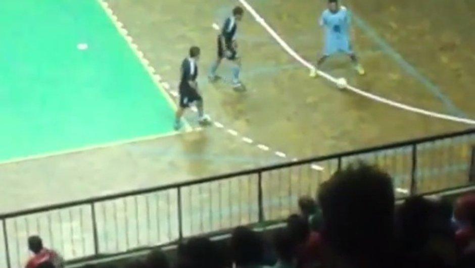 VIDEO Futsal : Falcao humilie toute une équipe