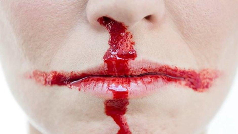 """""""Si l'Angleterre est battue, elle le sera aussi"""" : la campagne choc du Royaume-Uni contre les violences conjugales"""