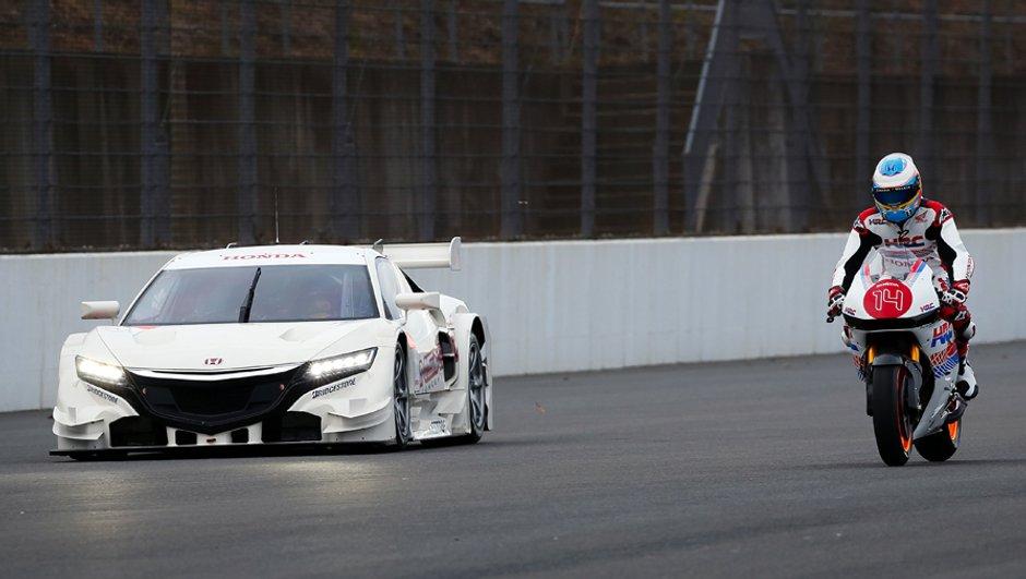 Insolite : Fernando Alonso au guidon de la Honda du MotoGP