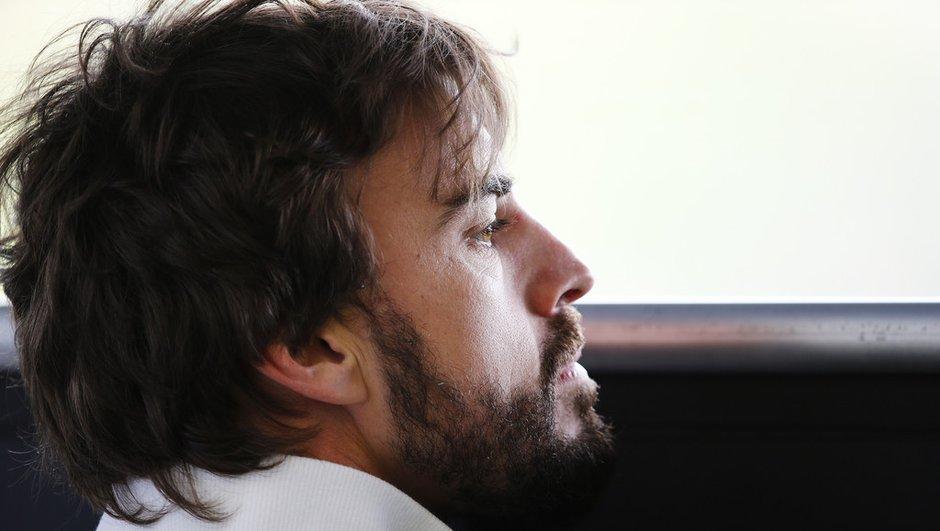 F1 : Alonso dément s'être réveillé en mode 1995 après l'accident