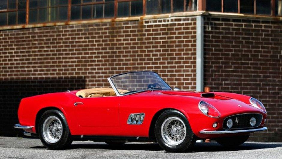 Enchères : Une Ferrari 250 GT SWB California Spider vendue 15 millions d'euros