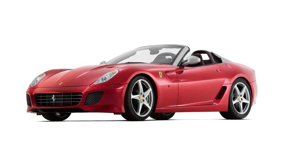 Mondial de l'Auto 2010 : Ferrari SA Aperta, une version exclusive de la Ferrari 599