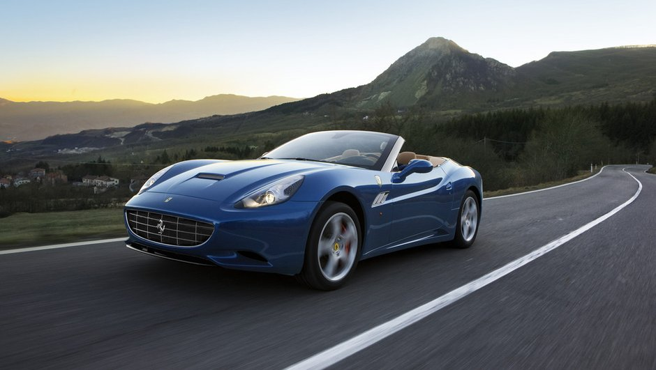 Salon de Genève 2012 : Ferrari California, +30 ch, -30 kgs