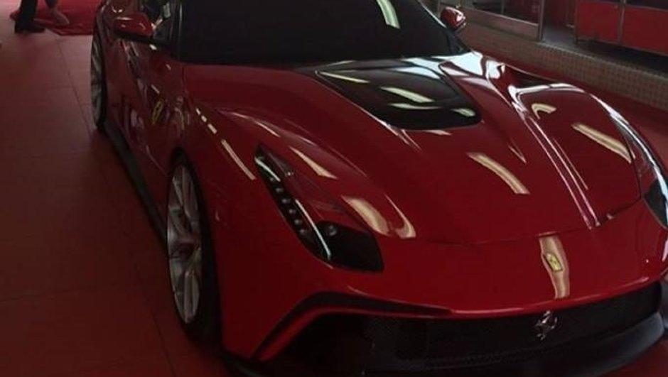 ferrari-f12-trs-2014-une-voiture-unique-a-3-1-millions-d-euros-0463167