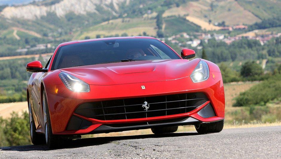 Salon de Francfort 2015 : Une Ferrari F12 plus légère et puissante ?