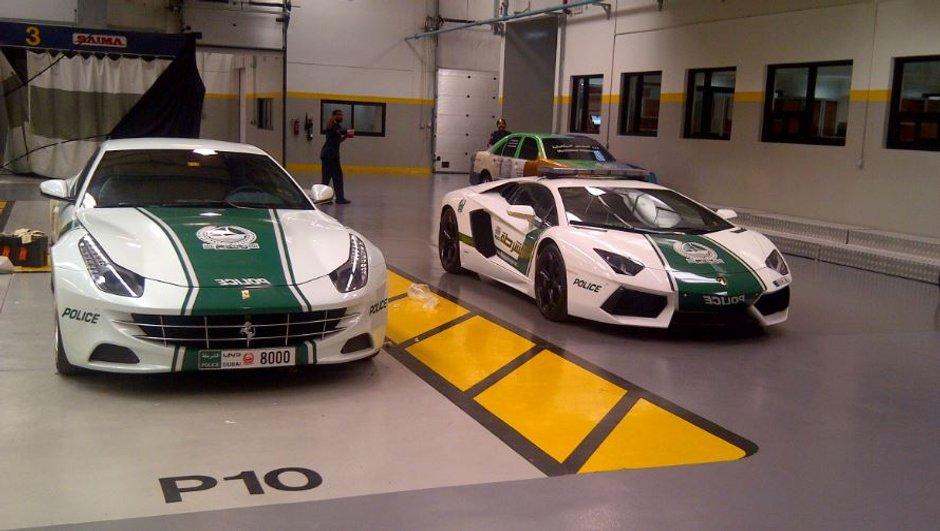 Insolite : La Police de Dubaï roule aussi en... Ferrari FF