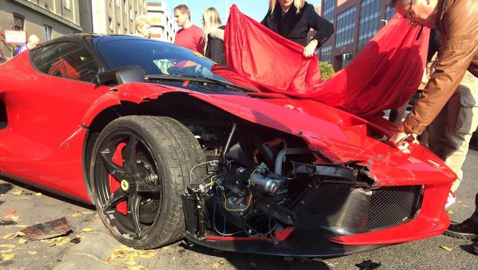 Vidéo : il perd le contrôle de sa Ferrari LaFerrari