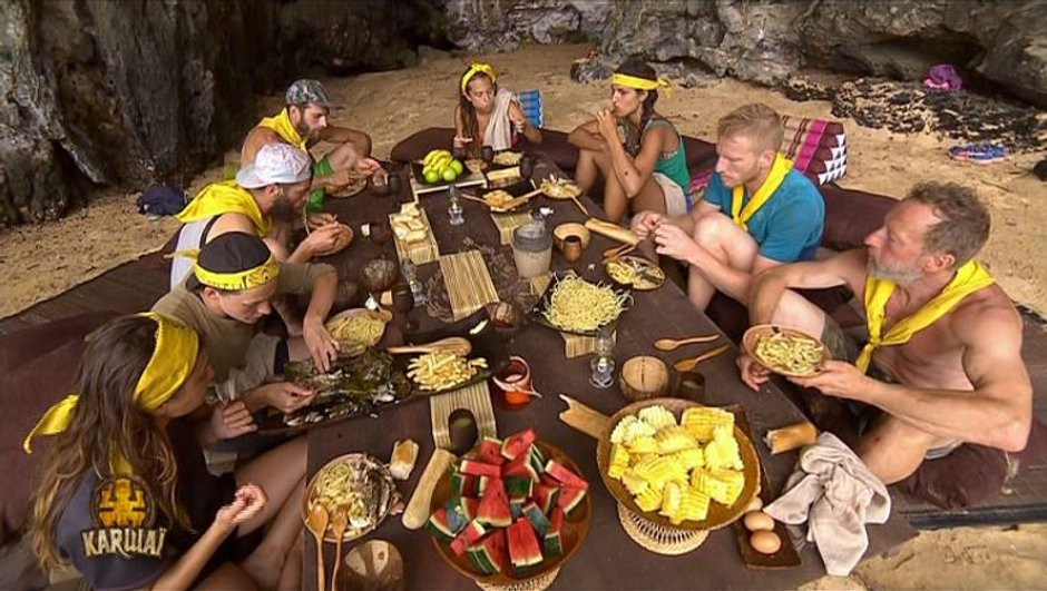 repas-5-etoiles-jaunes-8846607