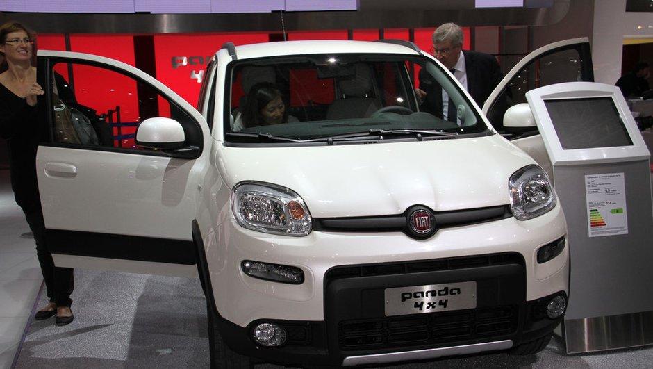 Mondial de l'Auto 2012 : la nouvelle Fiat Panda 4x4 prend de la hauteur