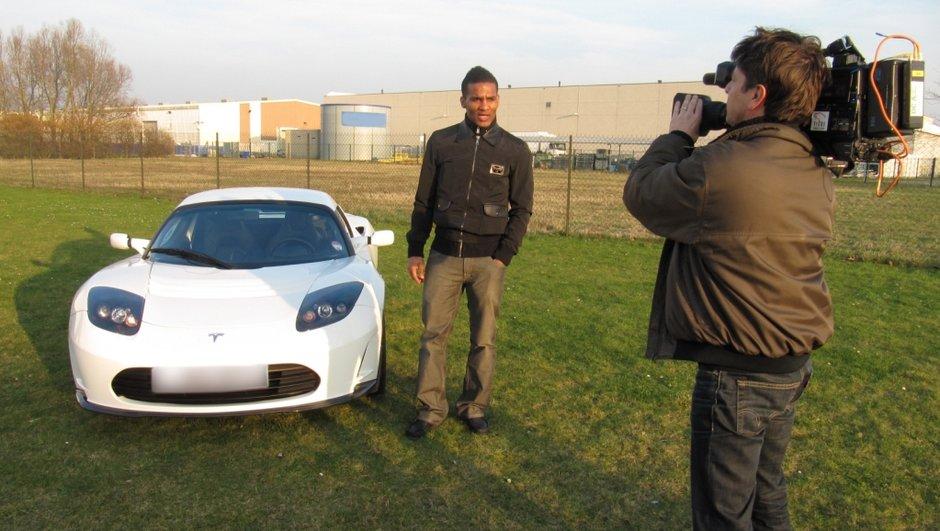 Tesla Roadster : Florent Malouda invite Automoto à bord