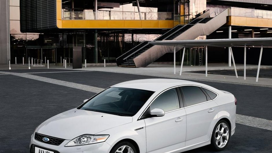 nouvelle-ford-mondeo-restylage-a-sauce-focus-2010-5695428