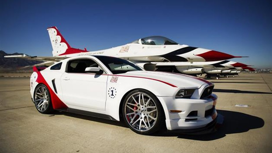 La Ford Mustang GT US Air Force Thunderbirds Edition en images