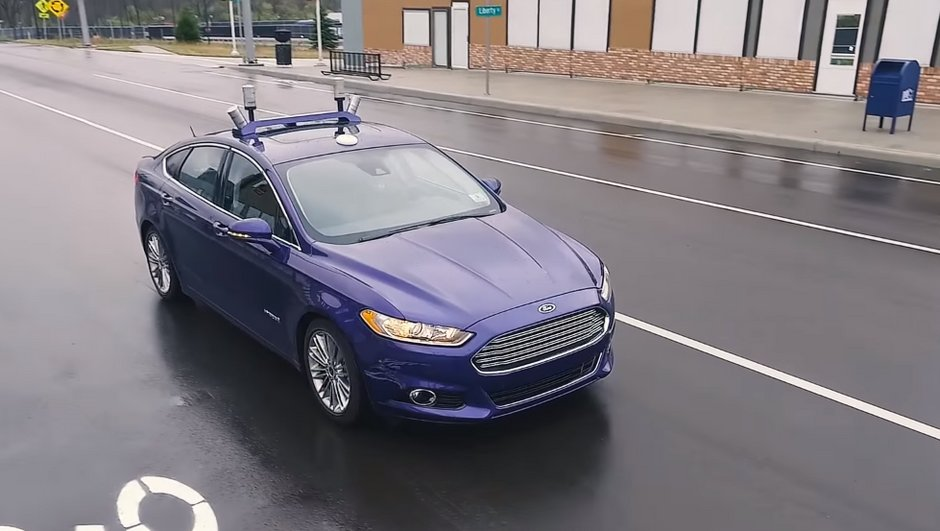 ford-test-voiture-autonome-a-mcity-video-2233857