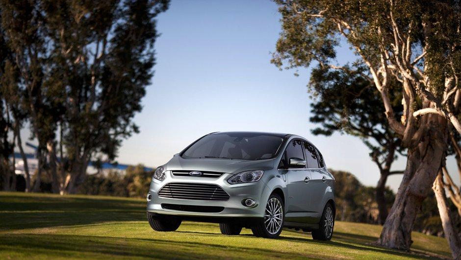 ford-c-max-devient-hybride-a-detroit-0905896