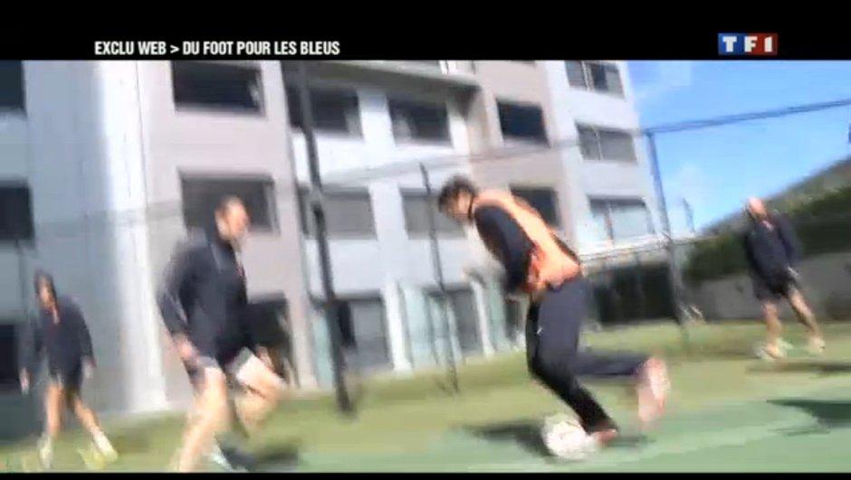 La France se met au foot avant de défier la Nouvelle-Zélande (vidéo)