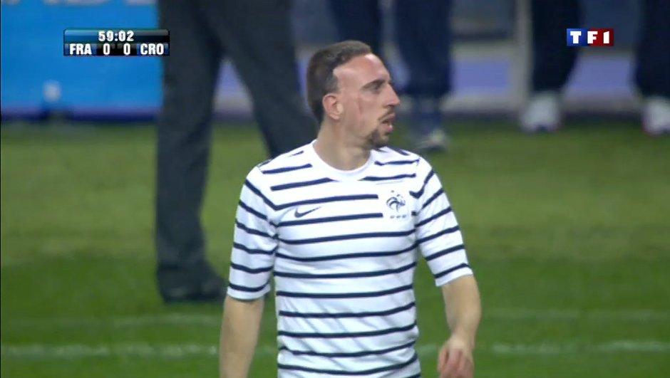 Vidéo : Ribéry se fait siffler au Stade de France