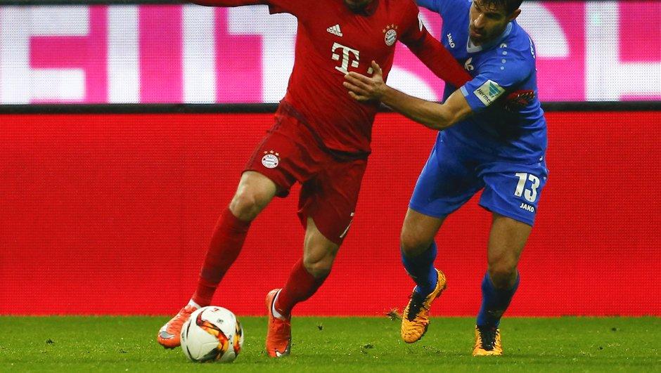 Lahm et Ancelotti recadrent Ribéry, auteur d'un vilain coup de coude