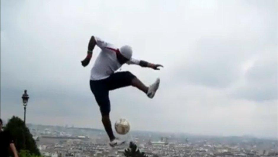 Insolite : un freestyler plus fort que Ronaldo et Messi (vidéo) !