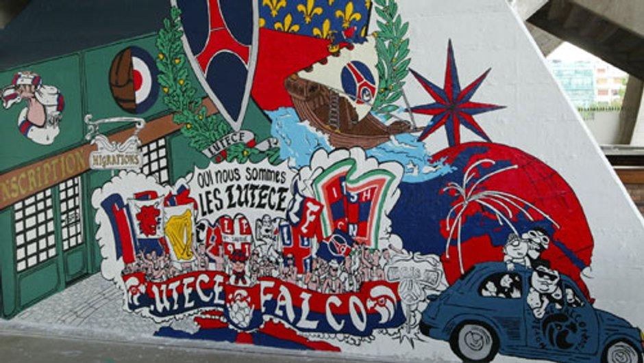PSG : les fresques de la tribune Auteuil effacées