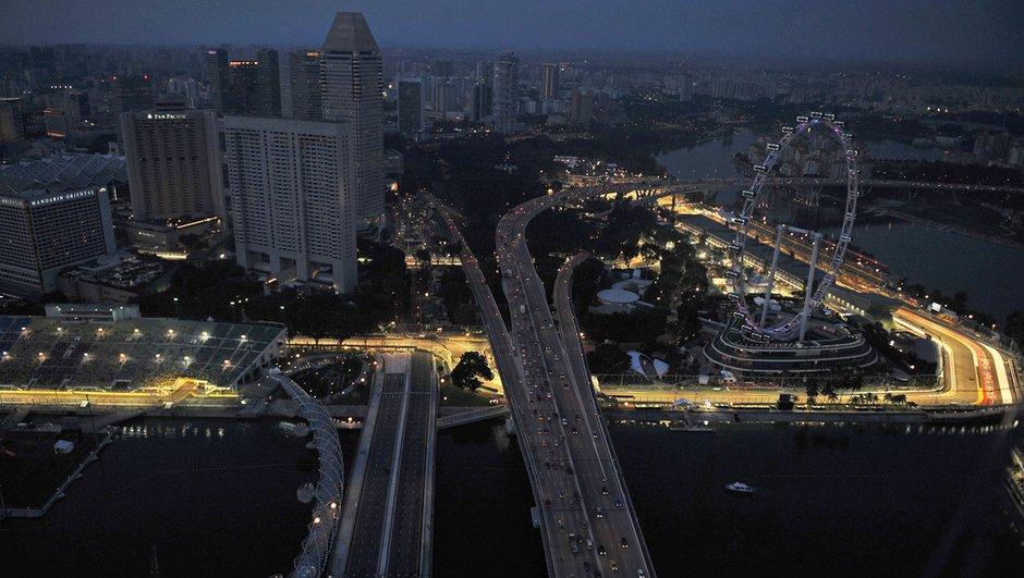 F1 : le Grand Prix de Singapour 2011 sous la pluie !