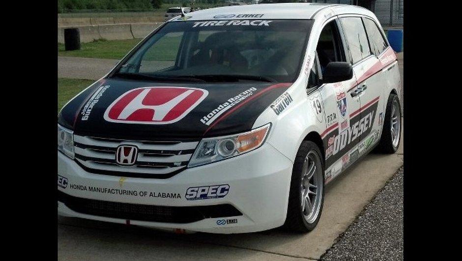 Pikes Peak 2013 : Pagenaud en monospace Honda de 532 ch !