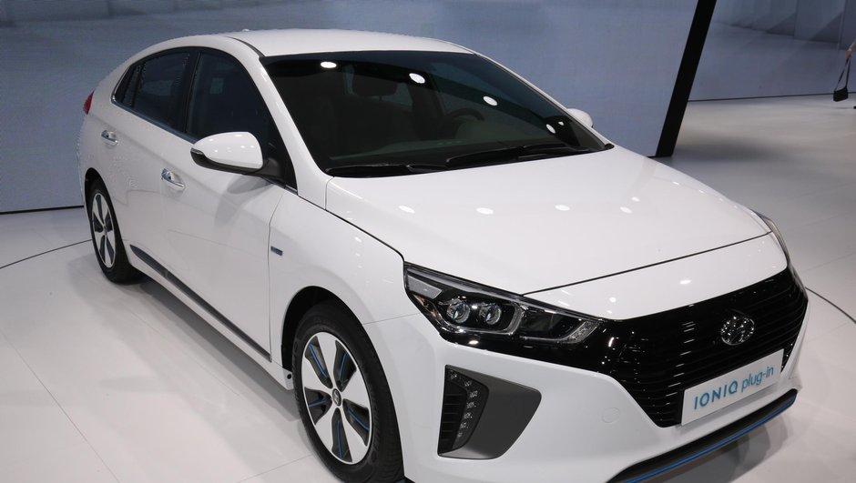 Mondial de l'Auto 2016 : Avec la Ioniq, Hyundai se lance dans la bataille de l'hybride