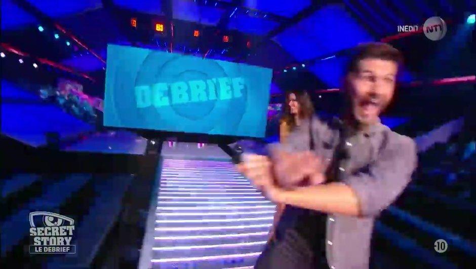 Secret Story 11 : après la battle de danse des Habitants, les chroniqueurs du Débrief s'affrontent sur le dance floor !