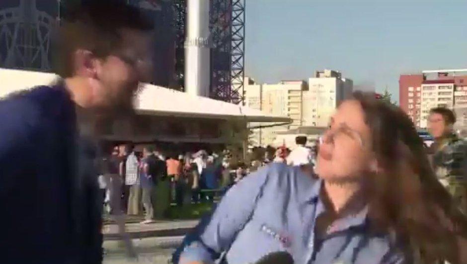 #deixalatrabalhar : une journaliste brésilienne harcelée en plein direct