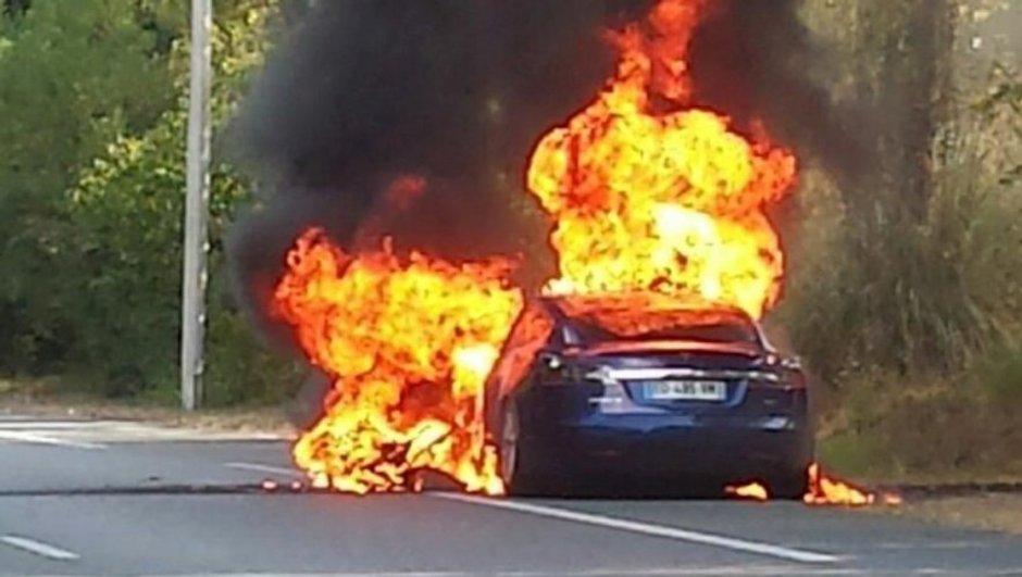 Incendie de la Tesla Model S : Les explications du constructeur