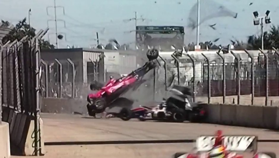 indycar-un-accident-blesse-15-spectateurs-a-houston-6972584