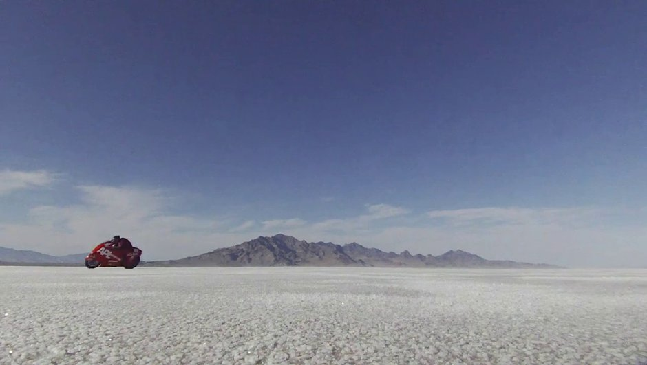 video-record-de-427-km-h-moto-a-bonneville-9449619