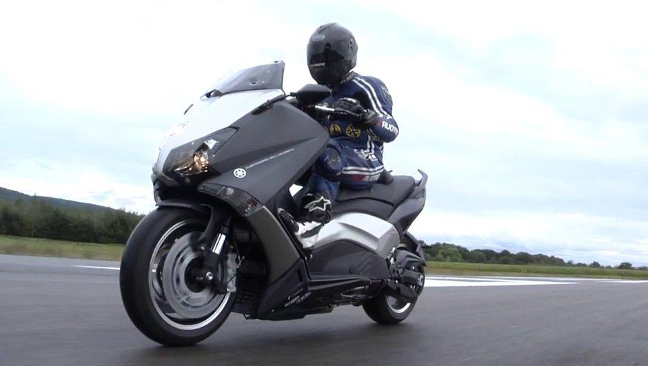 Vidéo Insolite : objectif 200 km/h en scooter !