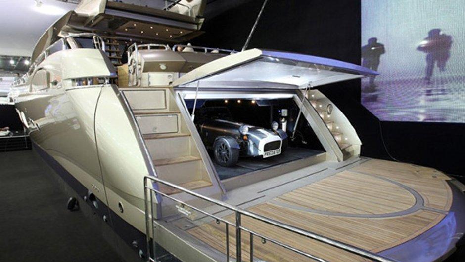 Insolite : une Caterham Super Seven offerte pour l'achat... d'un Yacht !