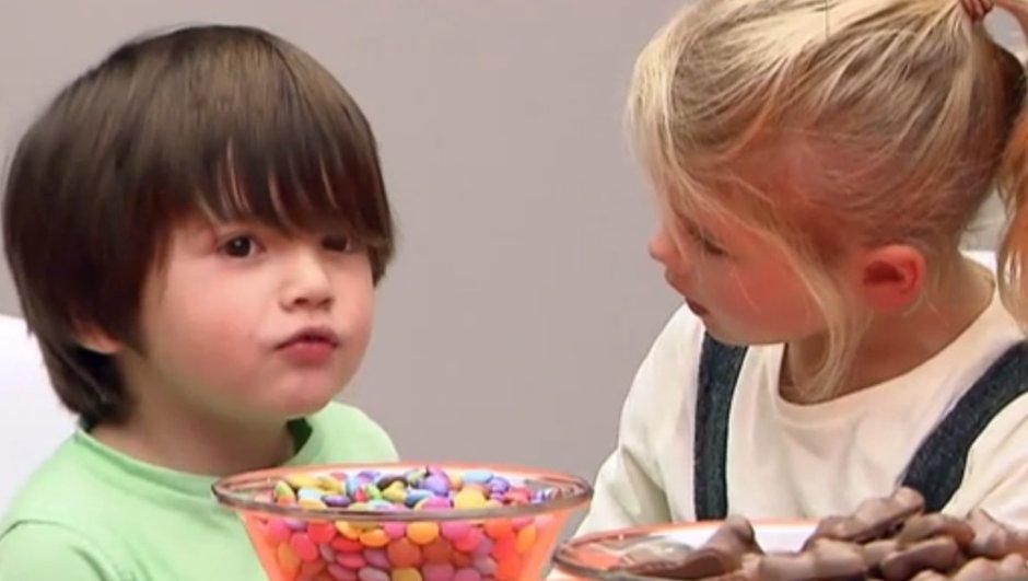 Les invisibles : Florent Peyre met les enfants au défi !