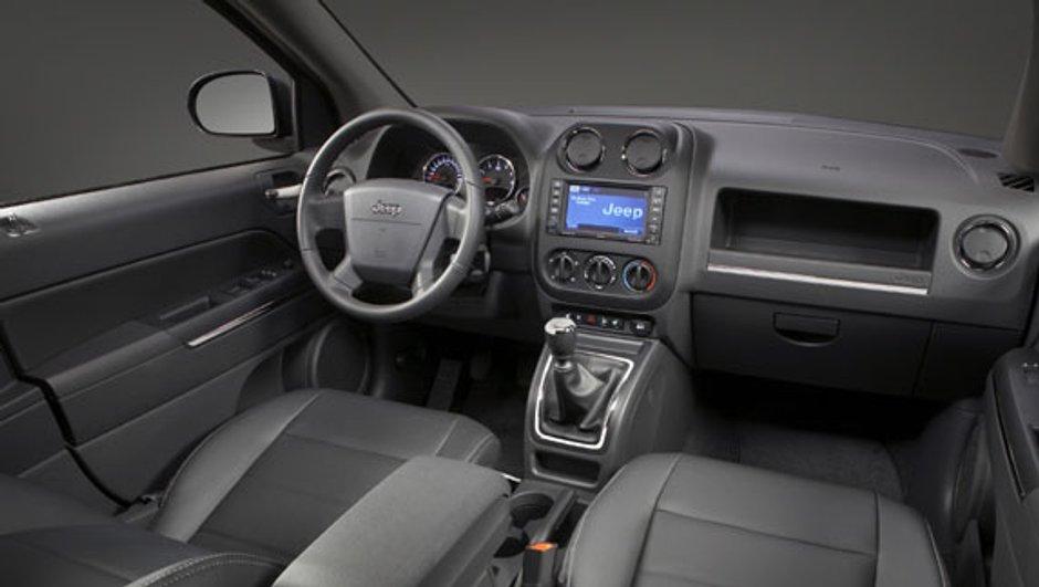 jeep-compass-patriot-nouvel-interieur-2325813