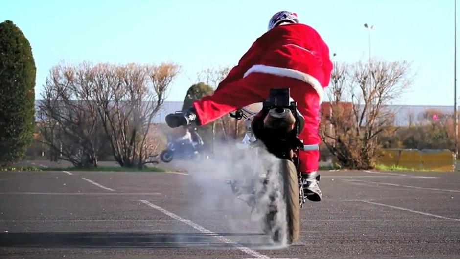 Le Père Noël est un Stunter